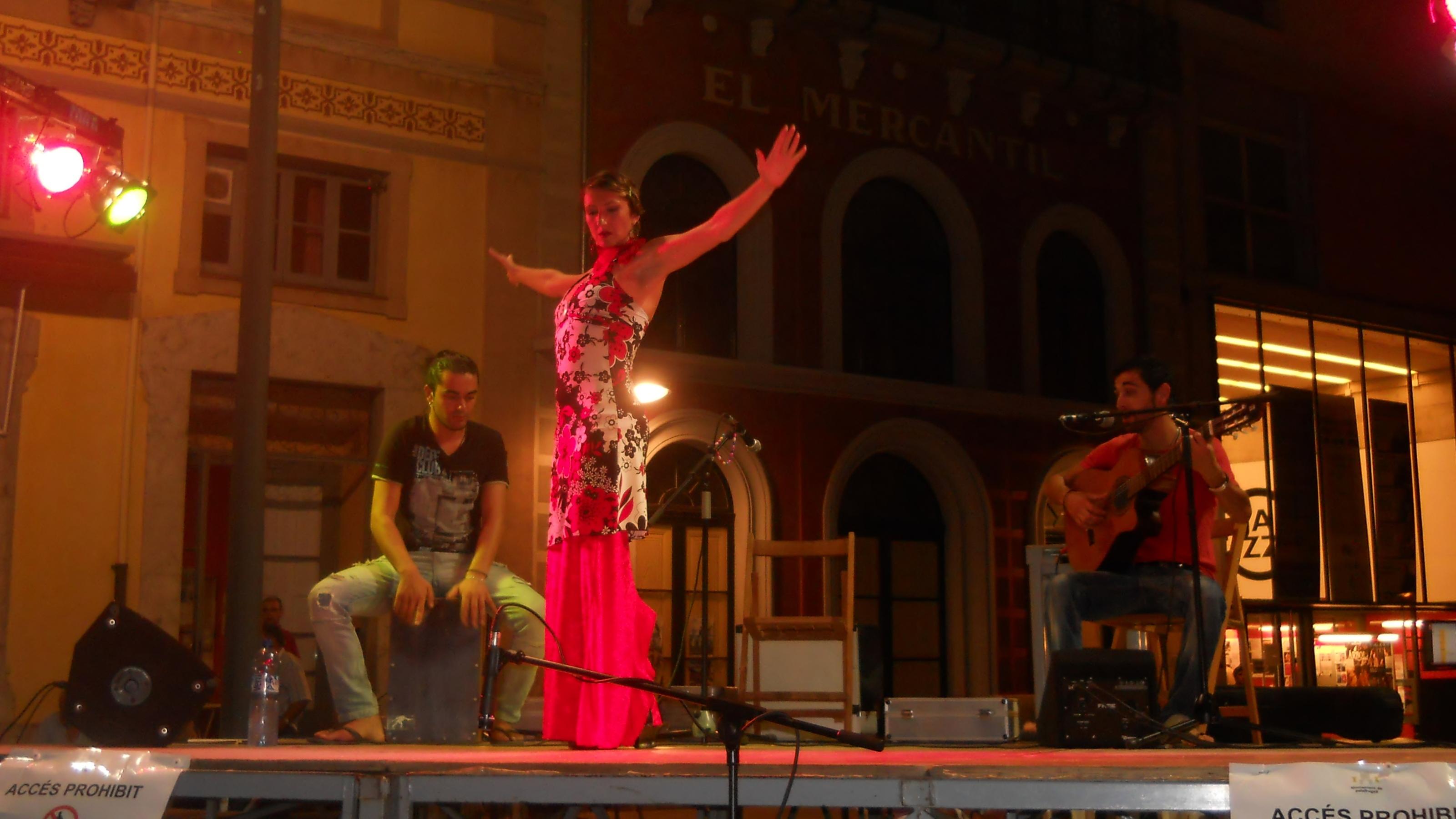 trio jipitano plaza guapa - copia